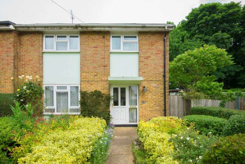 4 Bedrooms Terraced House for sale in East Close, Stevenage, SG1 1PP
