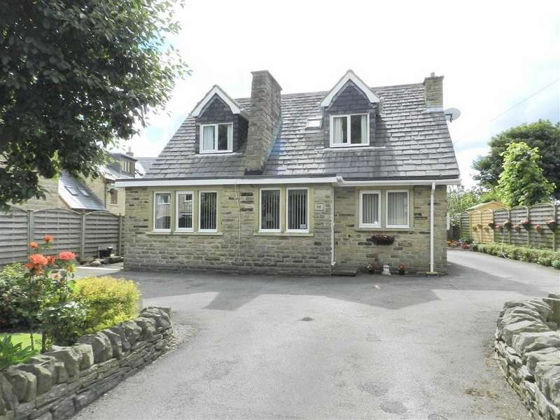 3 Bedrooms Detached Bungalow for sale in Church Street, Emley, Huddersfield, HD8