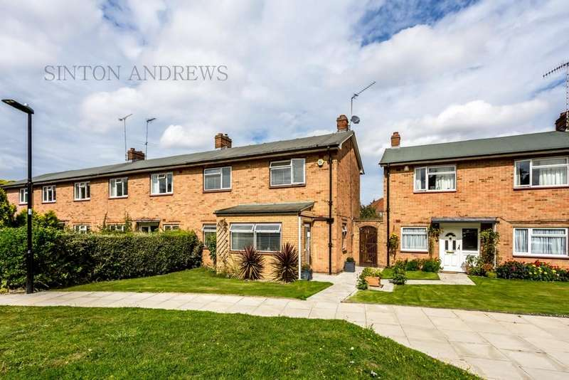 3 Bedrooms House for sale in Avalon Close, Ealing, W13