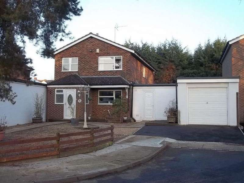 3 Bedrooms Detached House for sale in Park View, Stevenage, SG2