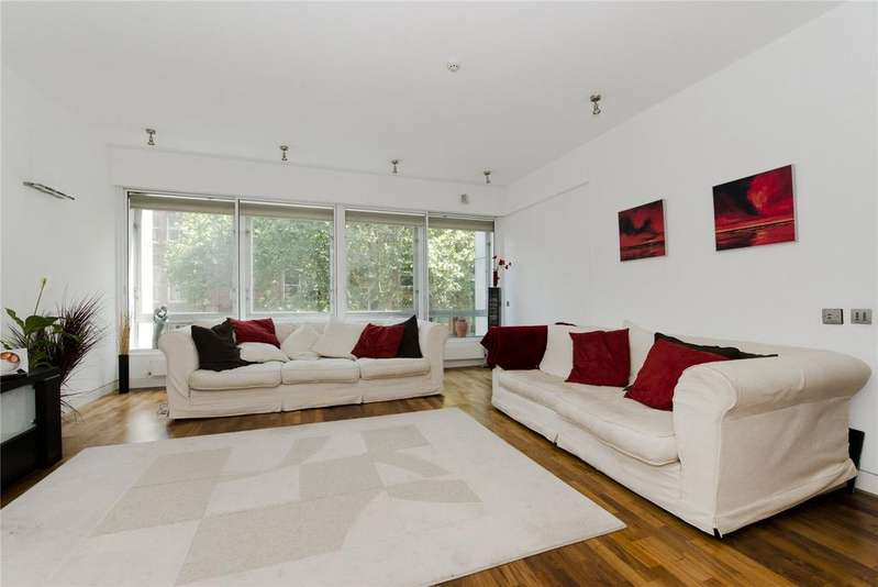 3 Bedrooms Flat for sale in Shaftesbury Avenue, Covent Garden, London