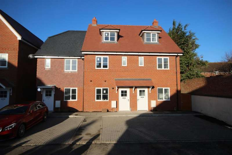 3 Bedrooms End Of Terrace House for sale in Amesbury