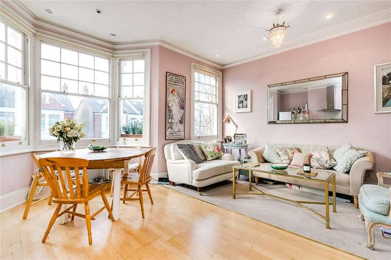 2 Bedrooms Flat for sale in Fulham Palace Road, Fulham, London