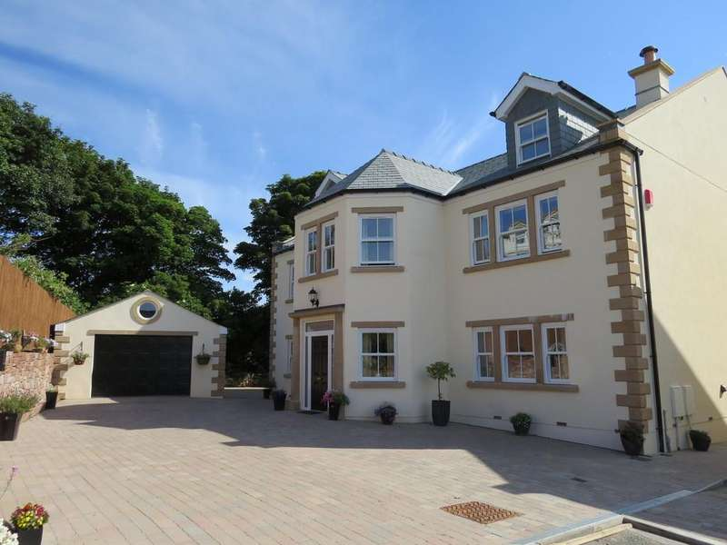 6 Bedrooms Detached House for sale in Lowther House, Garlieston Mews, Whitehaven, Cumbria