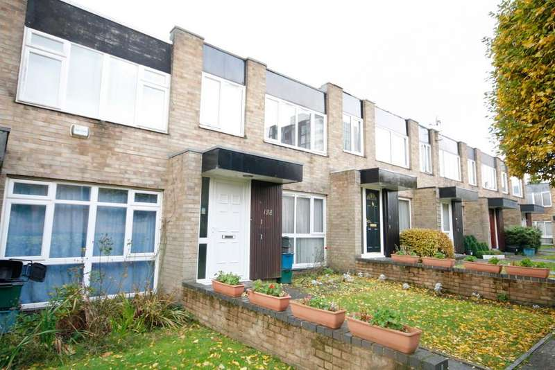3 Bedrooms Terraced House for sale in Turnpike Link, Croydon