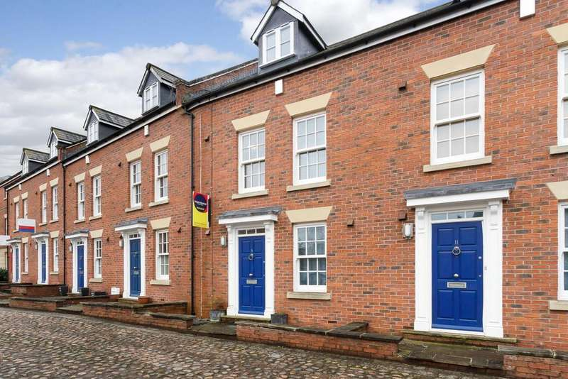 3 Bedrooms Mews House for sale in Nantwich, Cheshire