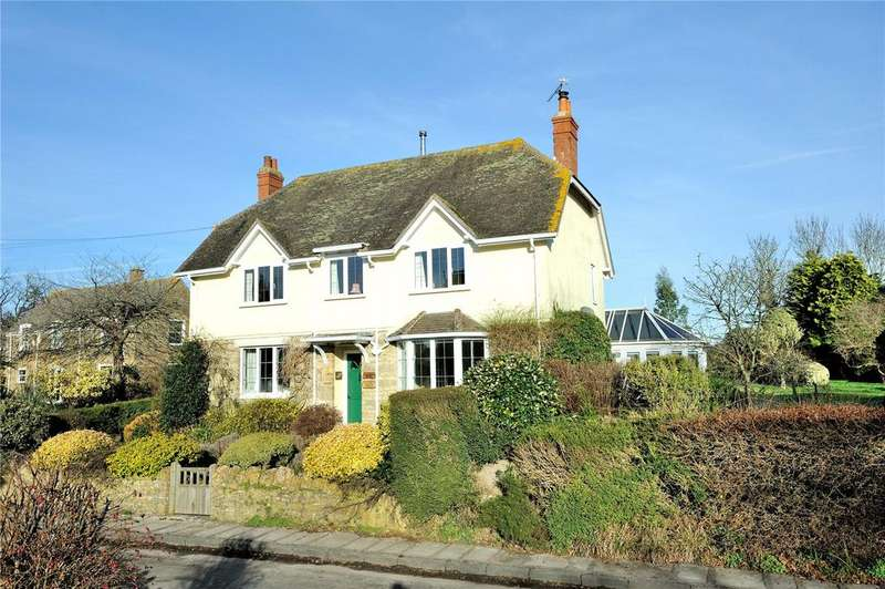 3 Bedrooms Detached House for sale in Trent, Dorset