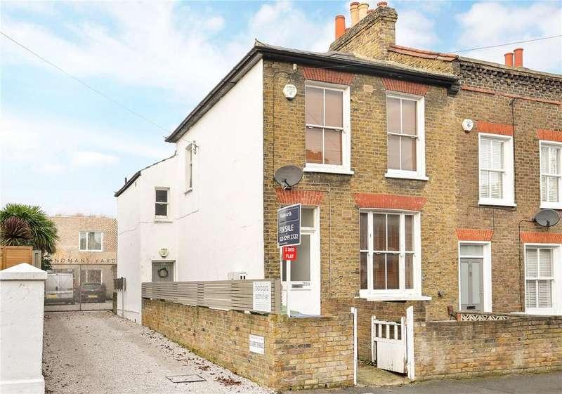 2 Bedrooms Maisonette Flat for sale in Hindmans Road, East Dulwich, London, SE22