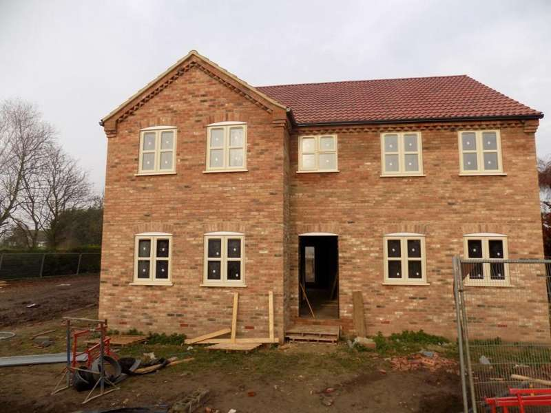 5 Bedrooms Detached House for sale in Wisbech Road, Outwell