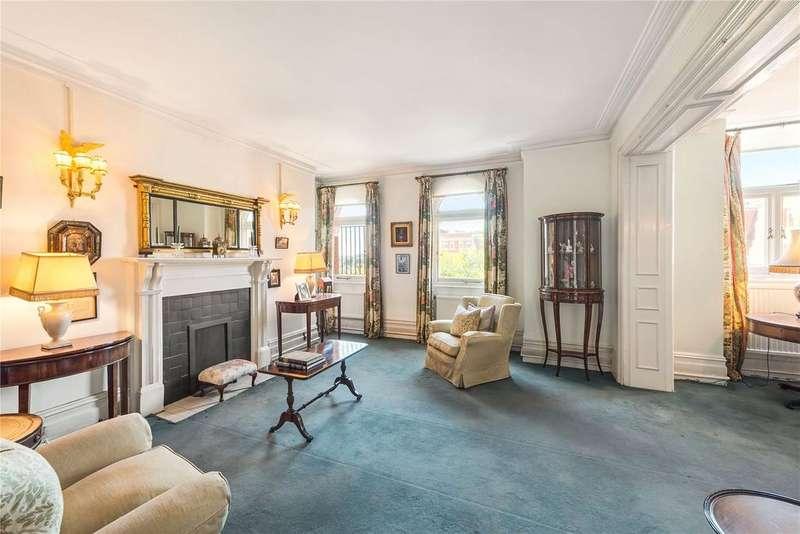 3 Bedrooms Flat for sale in Iverna Court, Kensington, London