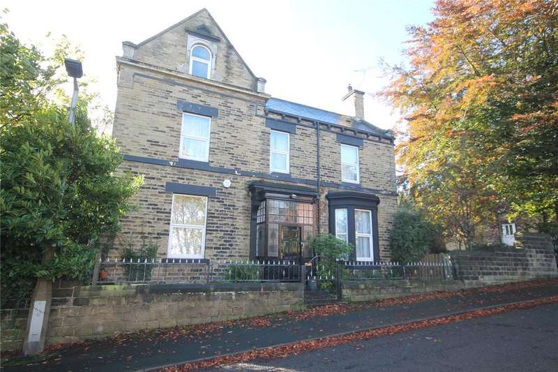 6 Bedrooms Detached House for sale in Cavendish Road, Barnsley, South Yorkshire, S75