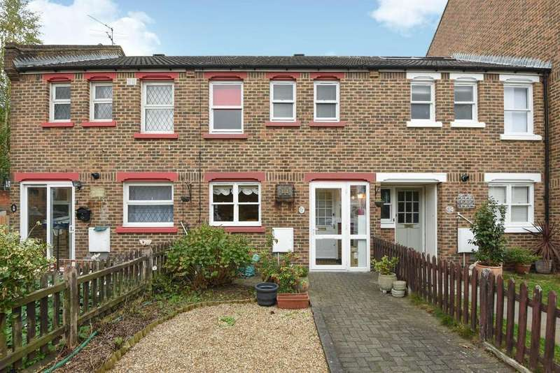 3 Bedrooms Terraced House for sale in Hamilton Road, West Norwood, SE27