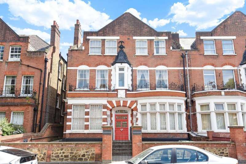3 Bedrooms Flat for sale in Broadhurst Gardens, South Hampstead, NW6
