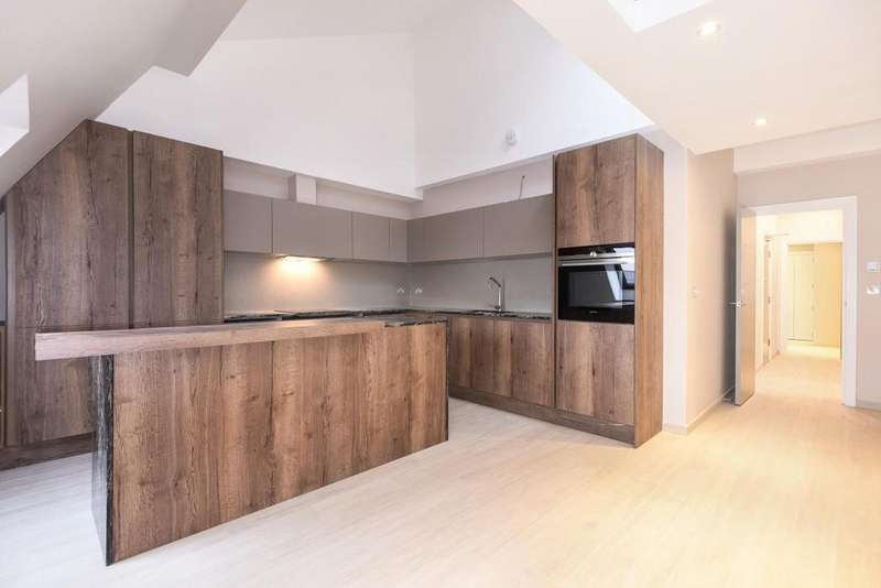 2 Bedrooms Flat for sale in Galena Road, Hammersmith, W6