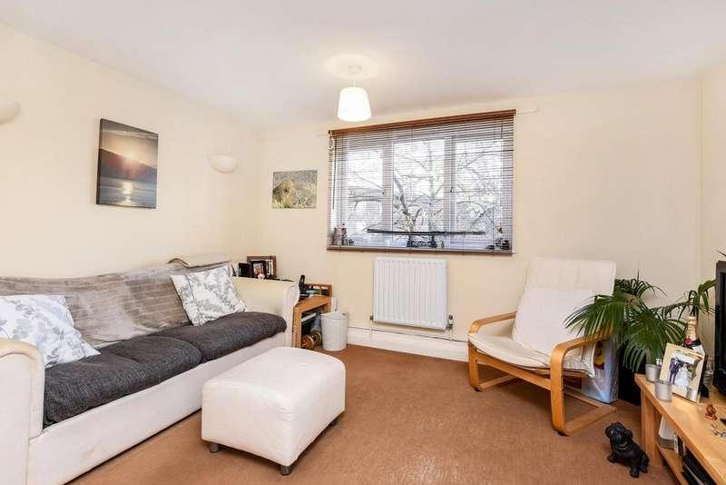 1 Bedroom Flat for sale in Lyveden Road, Tooting, SW17