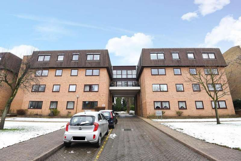 Studio Flat for sale in Widmore Road, Bromley, BR1
