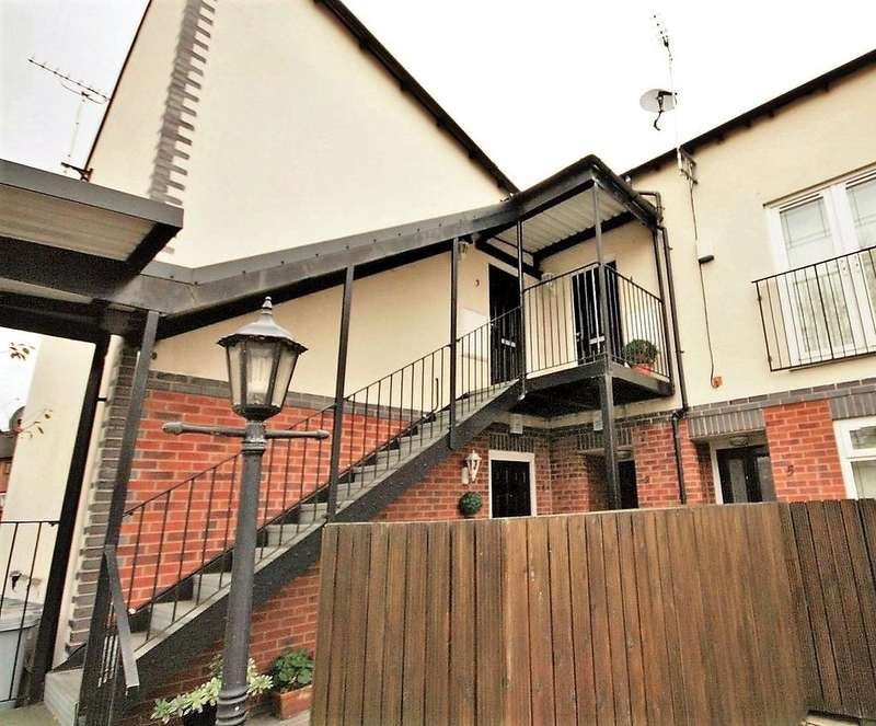 1 Bedroom Apartment Flat for sale in Haighton Court, Nantwich, Cheshire, CW5
