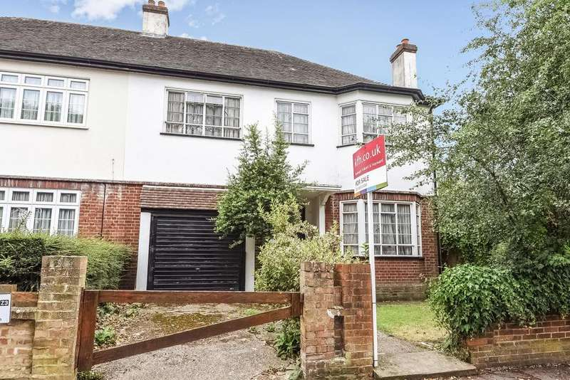 4 Bedrooms Semi Detached House for sale in Cedars Road, Beckenham, BR3