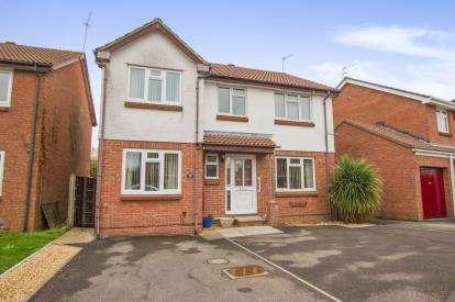 4 Bedrooms Detached House for sale in Tyrrel Way, Stoke Gifford, Bristol, Gloucestershire