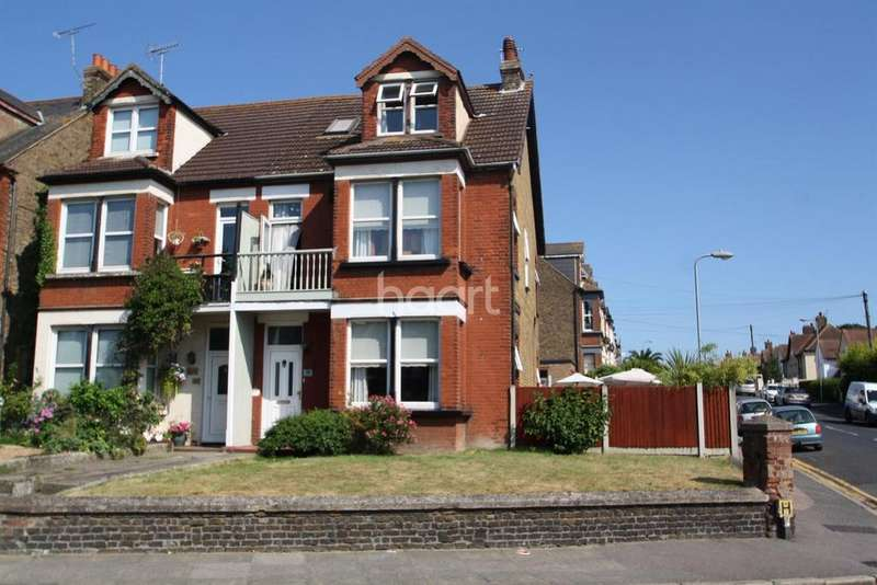 6 Bedrooms Semi Detached House for sale in Ramsgate Road, Margate CT9