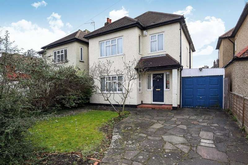 3 Bedrooms Detached House for sale in Motspur Park, New Malden, Surrey KT3