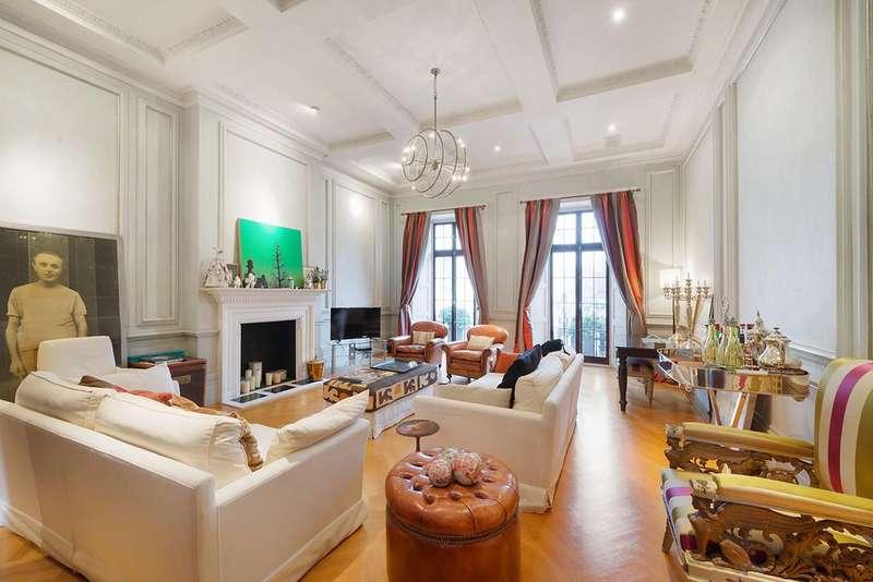 7 Bedrooms Terraced House for sale in Halkin Place, Belgravia
