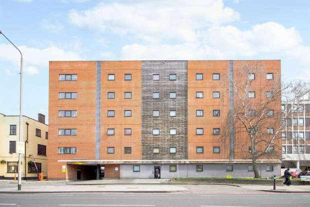 2 Bedrooms Apartment Flat for sale in Radnor House, 1272 London Road, London, SW16