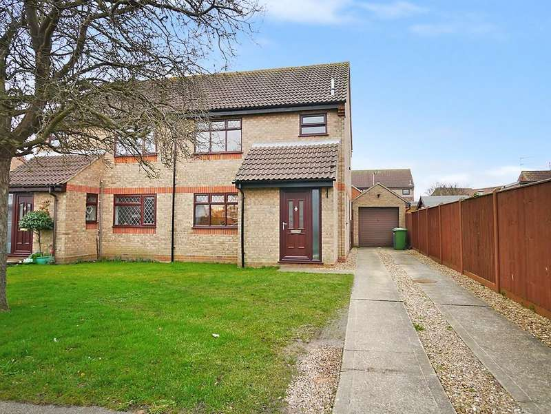 3 Bedrooms Semi Detached House for sale in Colville Road, South Oulton Broad, Lowestoft