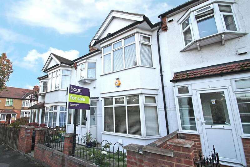 4 Bedrooms Terraced House for sale in Maybank Avenue, South Woodford, E18