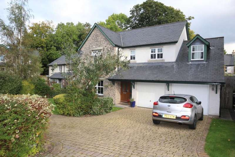 5 Bedrooms Detached House for sale in 6 Carrock Close Kendal