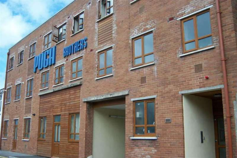 2 Bedrooms Apartment Flat for sale in Queens Loft, Llanelli, Carms