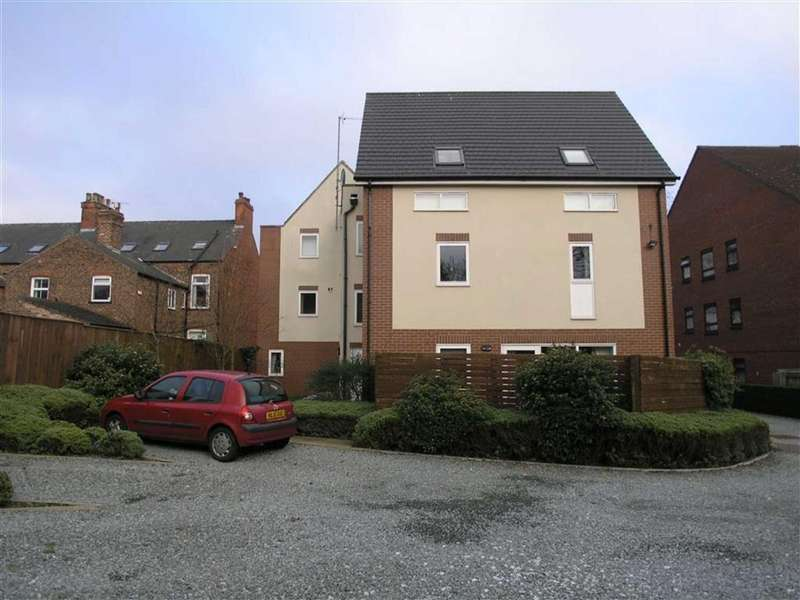 2 Bedrooms Flat for sale in Trinity Court, South Lane, Hessle