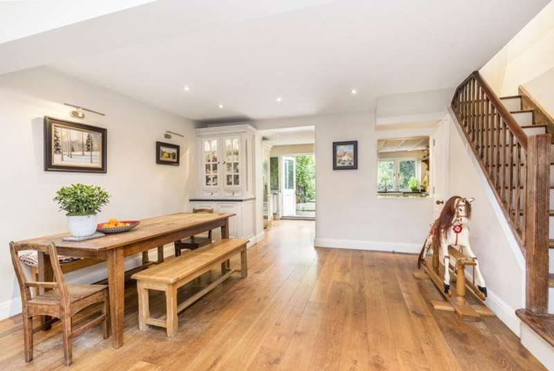 3 Bedrooms Terraced House for sale in Minford Gardens, London, W14
