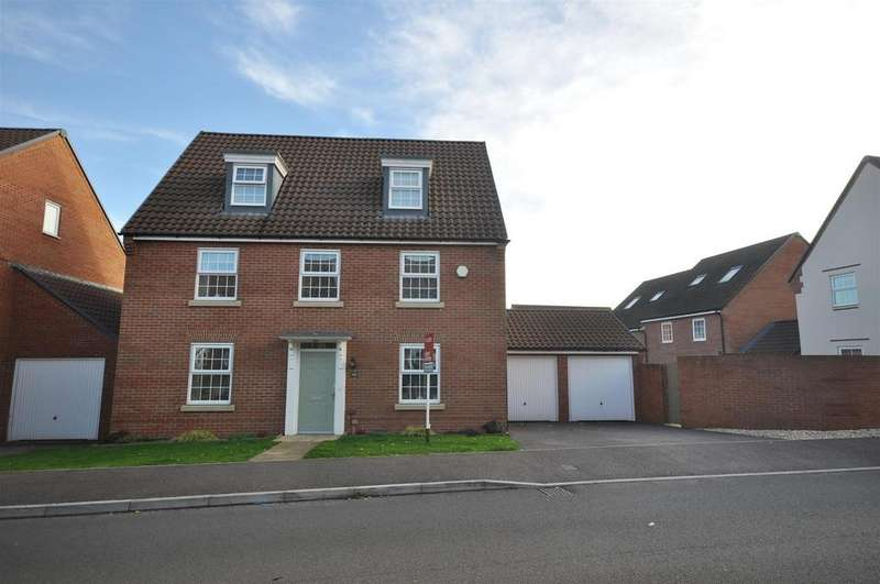 5 Bedrooms Detached House for sale in Collett Road, Taunton