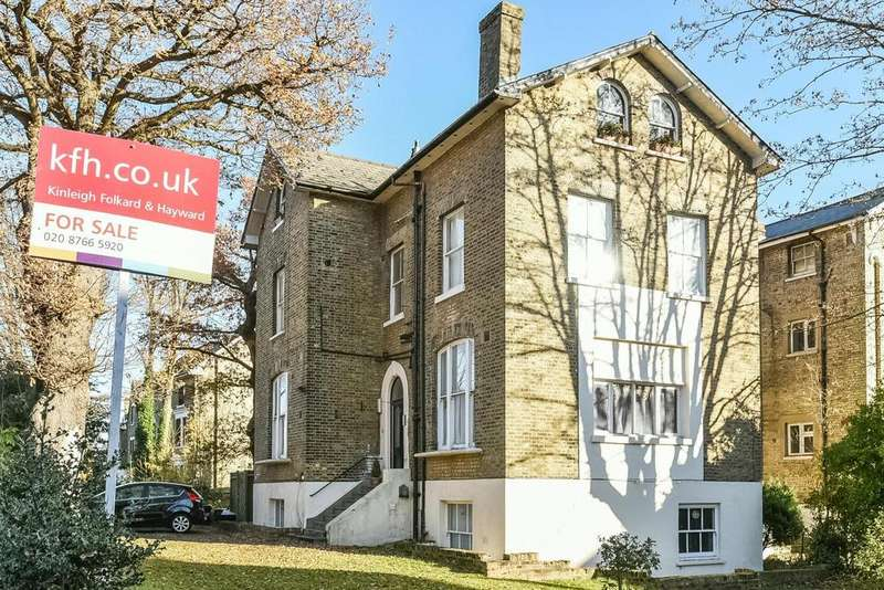 2 Bedrooms Flat for sale in Hamlet Road, Crystal Palace, SE19