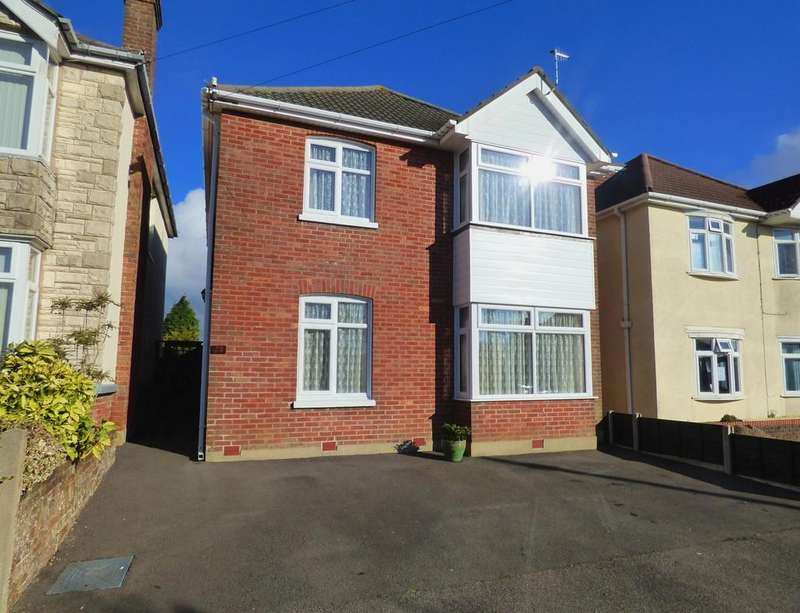 4 Bedrooms Detached House for sale in Chatsworth Road