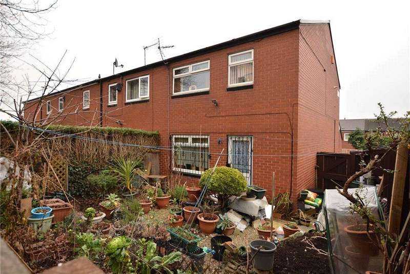 3 Bedrooms Terraced House for sale in Lovell Park Hill, Leeds, West Yorkshire