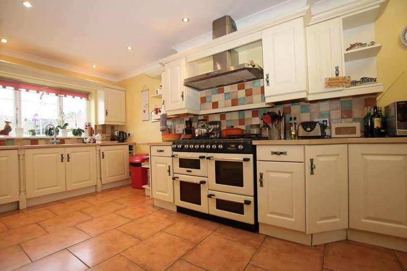 5 Bedrooms Detached House for sale in March Road, Welney