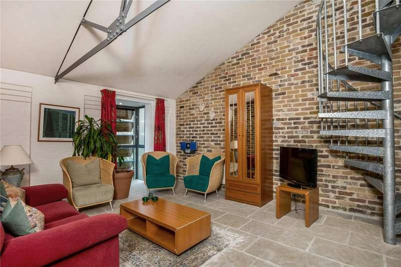 2 Bedrooms Flat for sale in Odessa Wharf, 7 Odessa Street, London, SE16