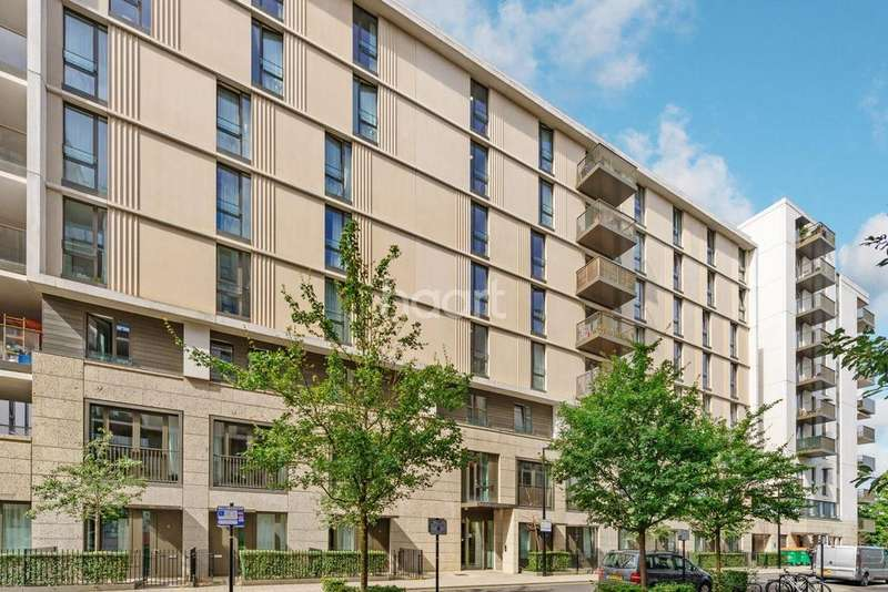 3 Bedrooms Flat for sale in Festive Mansions, Napa Close, London , E20