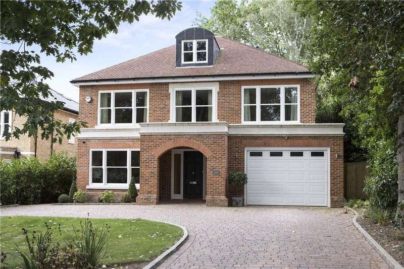 5 Bedrooms Detached House for sale in Woodside Road, Cobham, Surrey, KT11