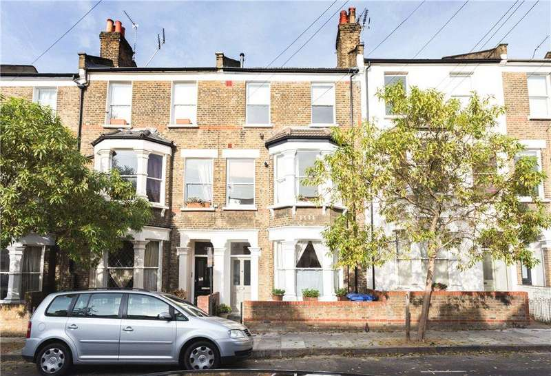 2 Bedrooms Flat for sale in Witherington Road, London, N5