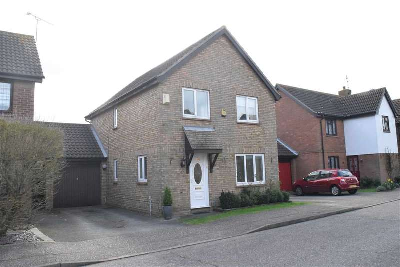 4 Bedrooms Detached House for sale in Pollards Green, Chelmer Village, Chelmsford