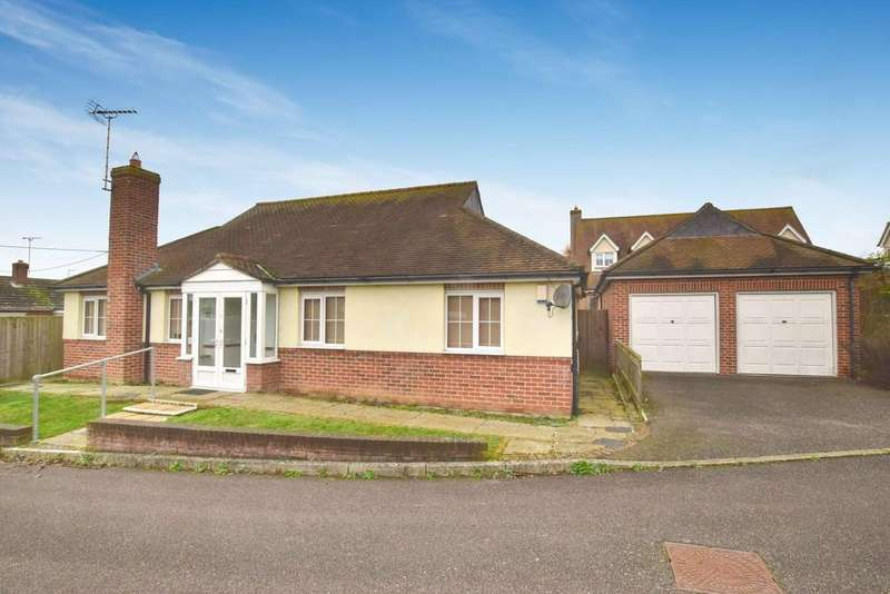 4 Bedrooms Detached Bungalow for sale in Victoria Mews, West Mersea, Colchester