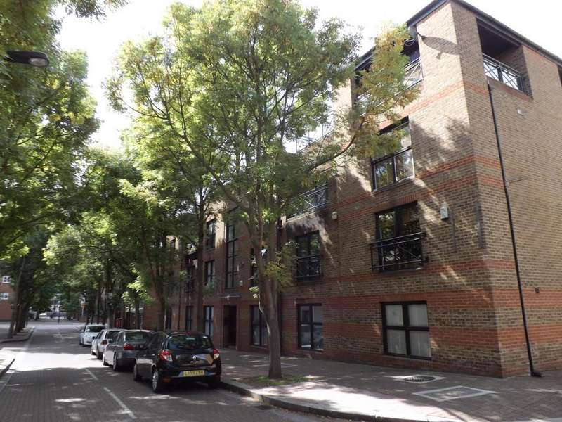3 Bedrooms Town House for sale in Onega Gate, Rotherhithe