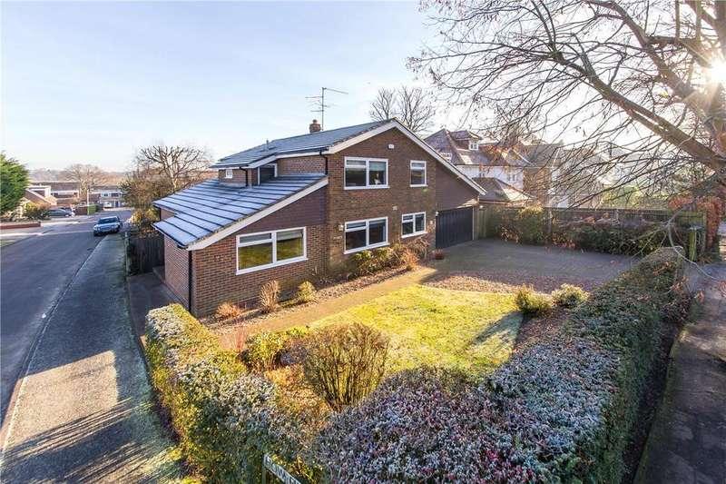 5 Bedrooms Detached House for sale in Roundwood Park, Harpenden, Hertfordshire