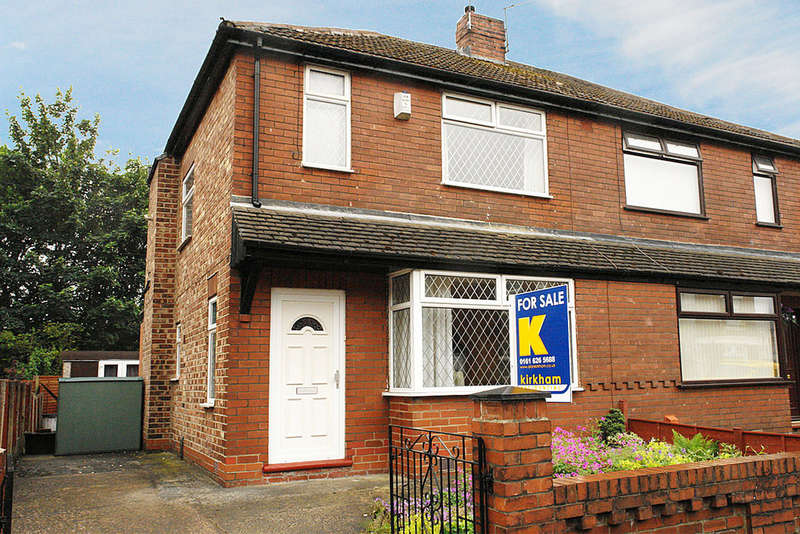 3 Bedrooms Semi Detached House for sale in 19 Chestnut Street, Chadderton, Oldham