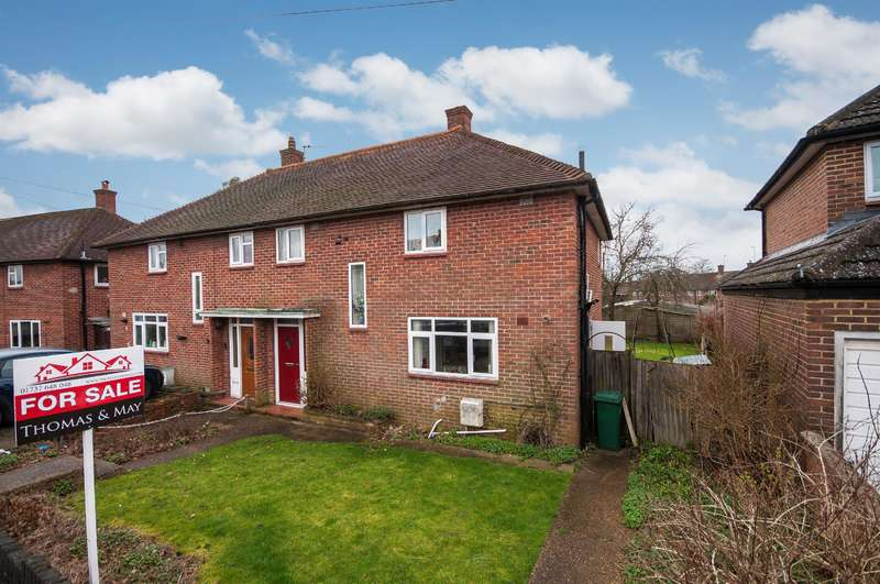 3 Bedrooms Semi Detached House for sale in Malmstone Avenue, Merstham, Surrey RH1 3JH