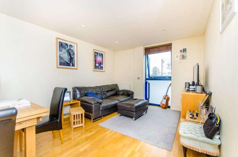 1 Bedroom Flat for sale in Downham Road, Islington, N1