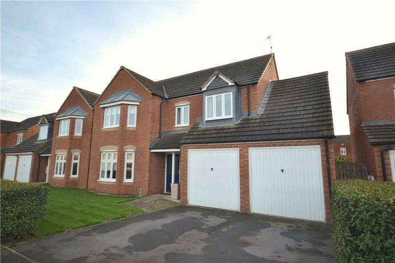 4 Bedrooms Detached House for sale in Hillbrook Crescent, Ingleby Barwick, Stockton-on-Tees